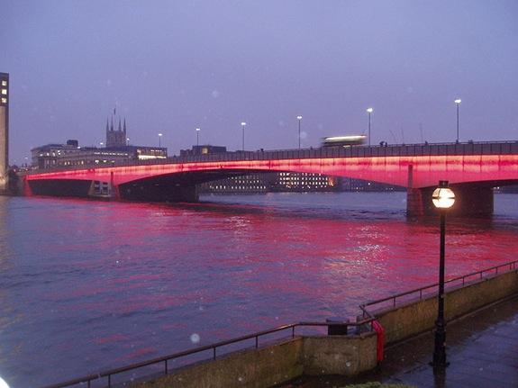 LondonBridgeLondonatnight