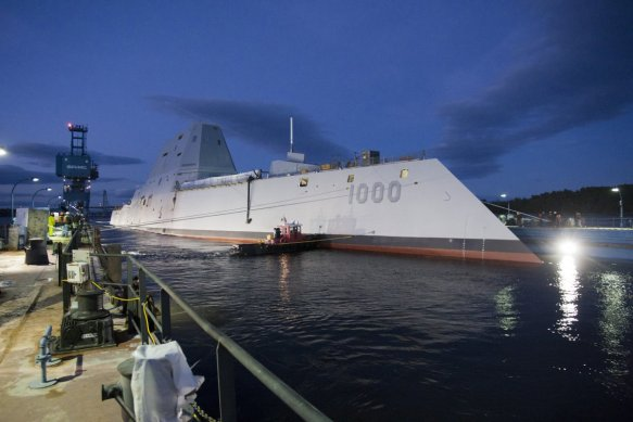 the-uss-zumwalt-hit-the-water-oct-29-and-is-due-to-start-patrolling-by-2014